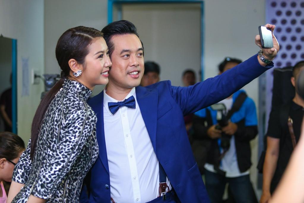 Thanh Lam thay Ho Ngoc Ha ngoi ghe nong X Factor hinh anh 4