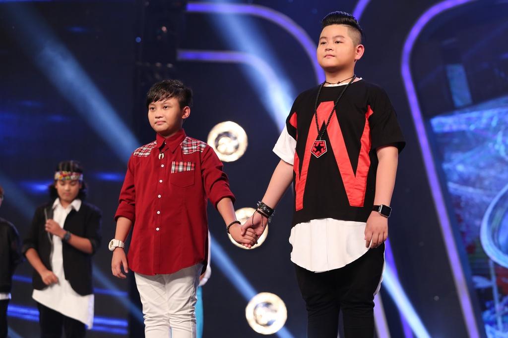 Cau be hat dam cuoi tiep tuc gay sot o Vietnam Idol Kids hinh anh 10