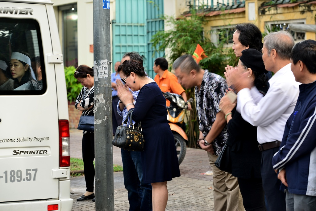 Quang Linh, Cam Van den som tien NSUT Quang Ly hinh anh 13