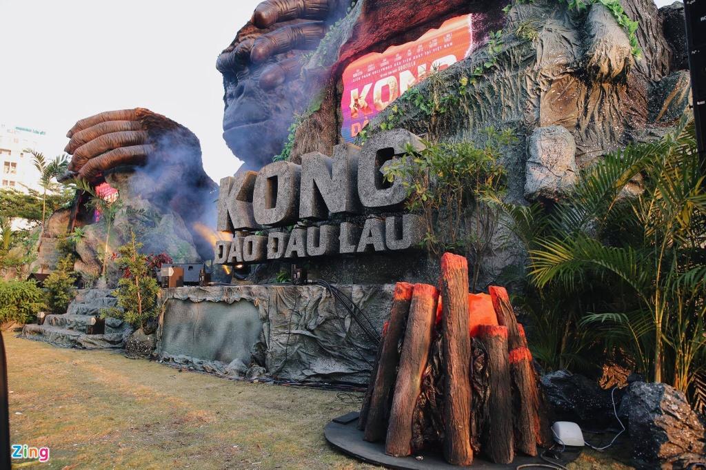 San khau 'Kong: Skull Island': Tu hoanh trang den chay tro khung sat hinh anh 2