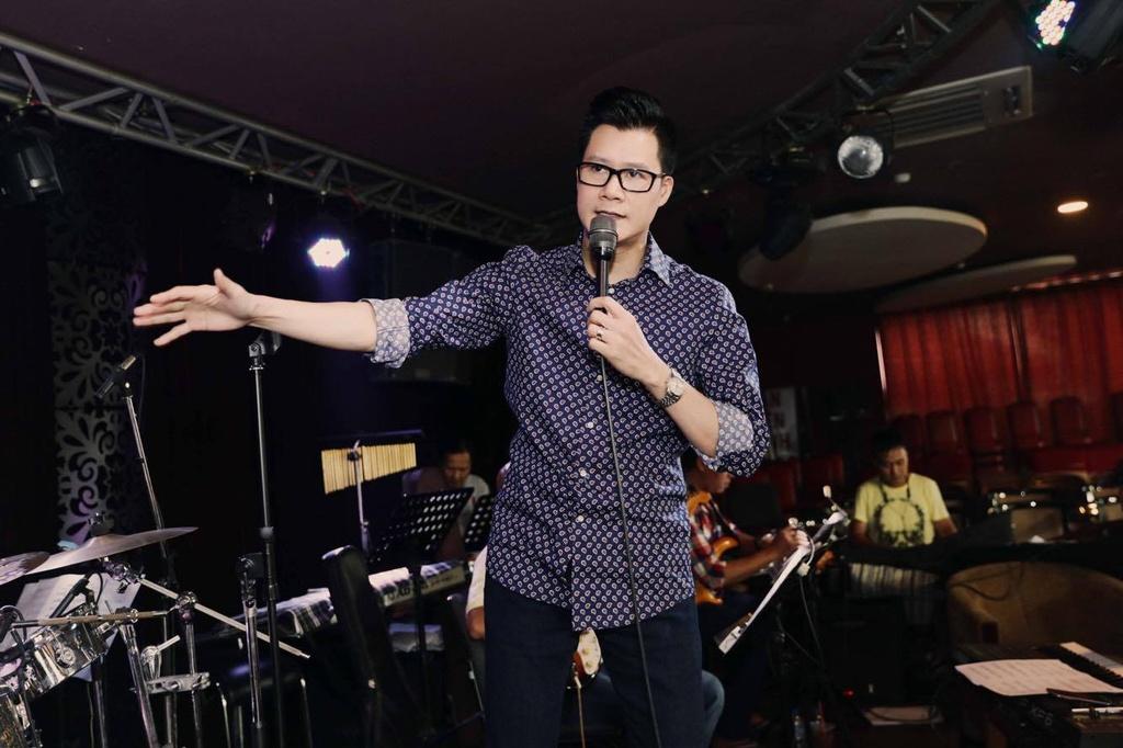 My Tam mac tre trung, tinh tu ben Quang Dung hinh anh 6