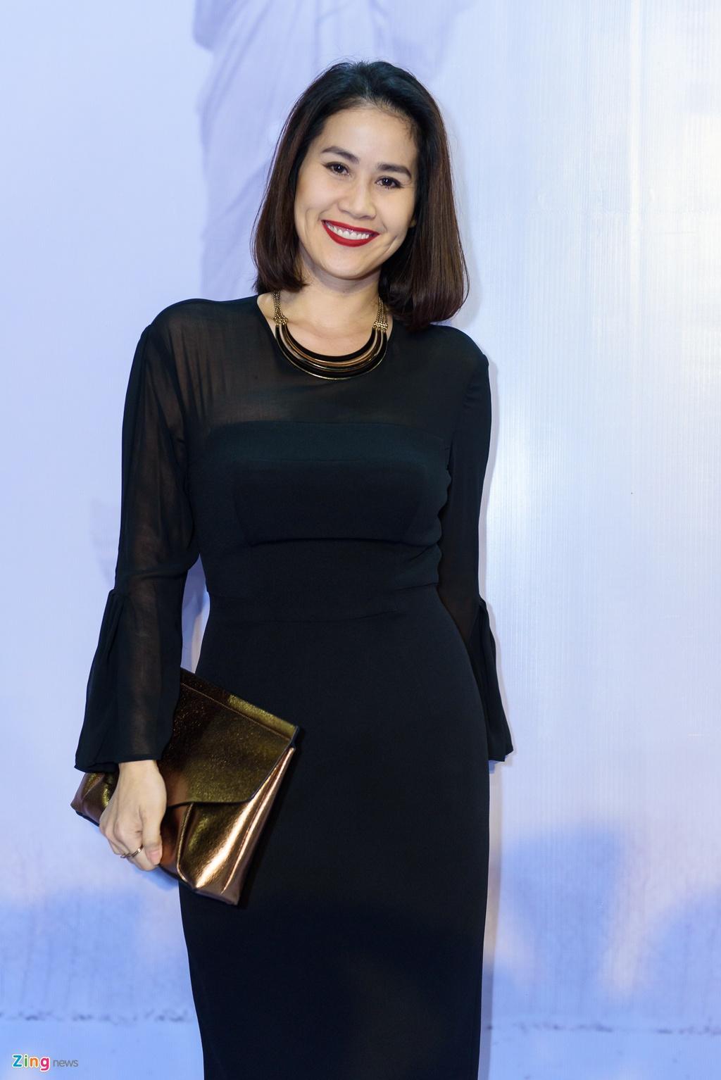 Hoai Linh va dan sao Viet tren tham do ra mat phim 'Da co hoai lang' hinh anh 13
