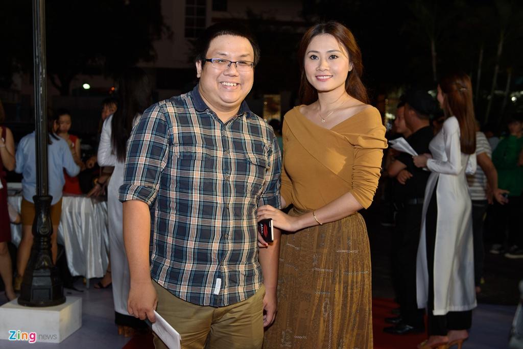 Hoai Linh va dan sao Viet tren tham do ra mat phim 'Da co hoai lang' hinh anh 15