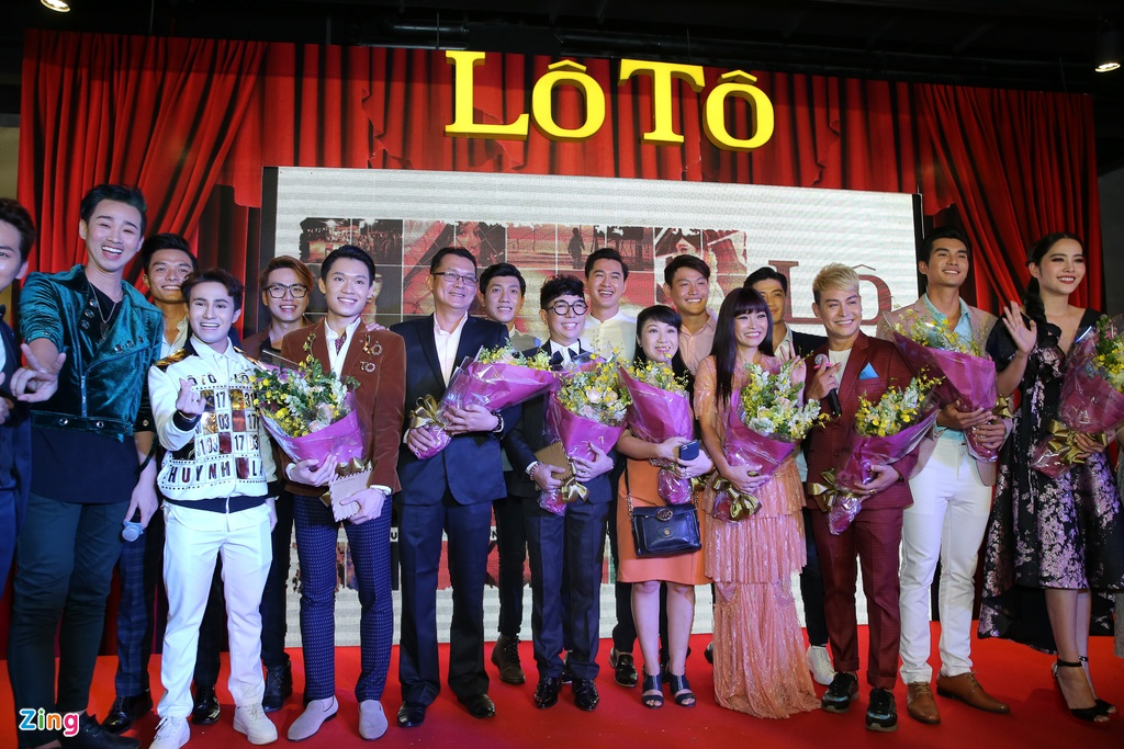 Dan sao Viet du su kien cong chieu phim 'Lo to' hinh anh 19