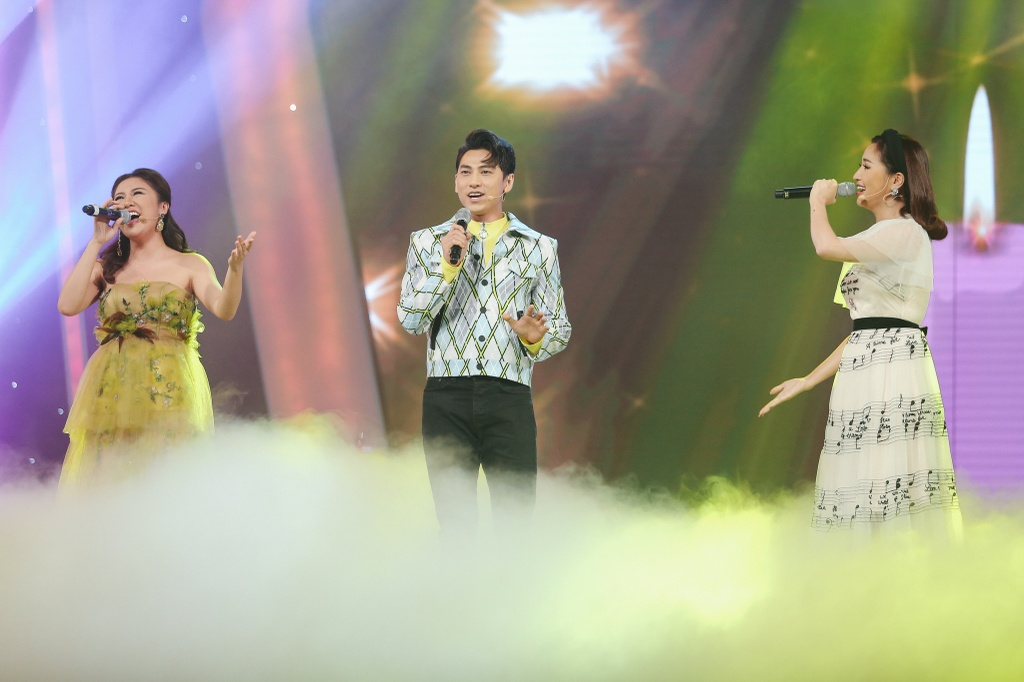 Minh Hang 'muon sinh con ngay lap tuc' vi hot boy Vietnam Idol Kids hinh anh 10
