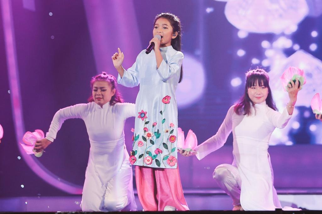 Minh Hang 'muon sinh con ngay lap tuc' vi hot boy Vietnam Idol Kids hinh anh 5