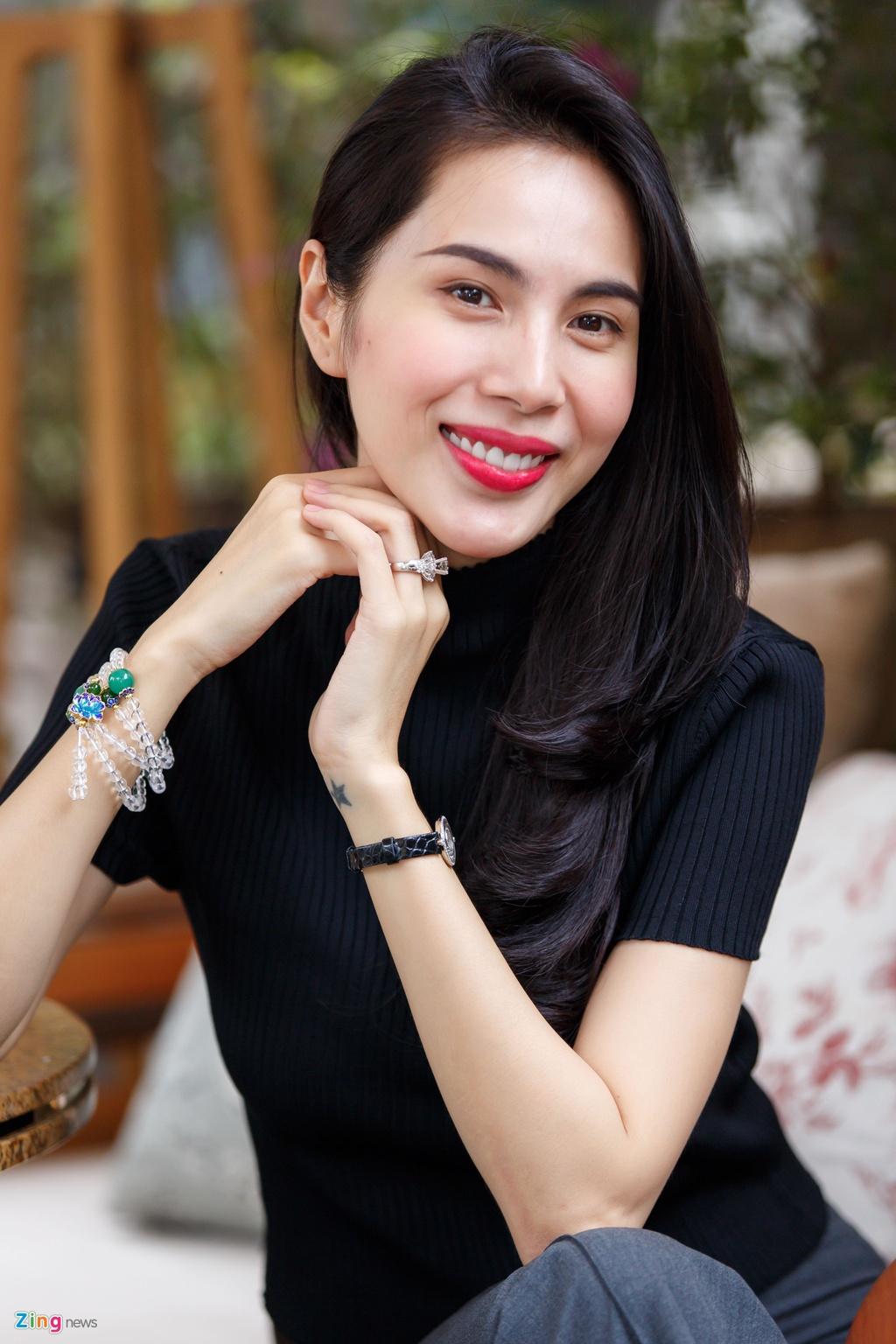 Thuy Tien: 'Toi lam tu thien con bi chui, noi gi den viec hat bolero' hinh anh 2
