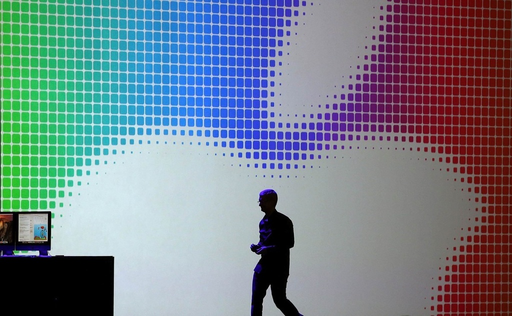 Tim Cook: 'iPhone la con ga de trung vang cua Apple' hinh anh 1