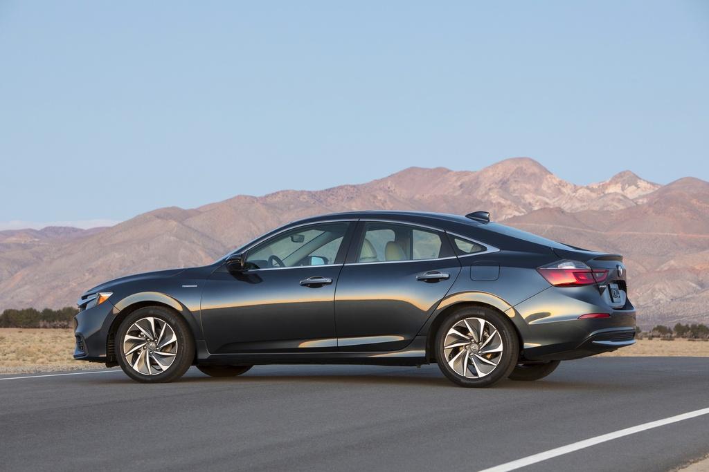 Honda sap ra mat Insight 2019, tieu thu nhien lieu 4,2l/100 km hinh anh 5
