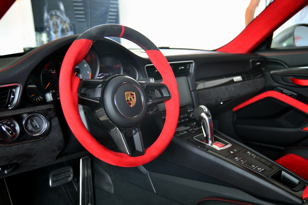 Chiec Porsche 911 manh nhat lich su den Dong Nam A hinh anh 6