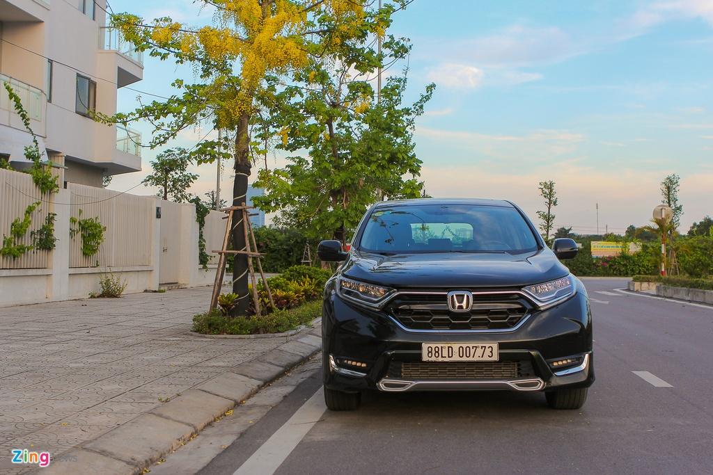 Cam nhan Honda CR-V 2018 - Thay doi de tim lai vi the hinh anh 1