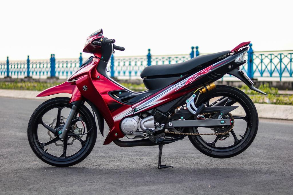 Yamaha Z125 do do choi hang hieu cua biker Vinh Long hinh anh 1