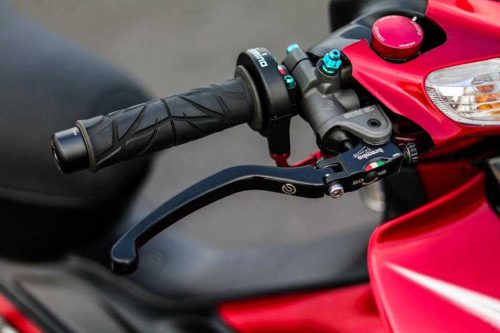 Yamaha Z125 do do choi hang hieu cua biker Vinh Long hinh anh 3