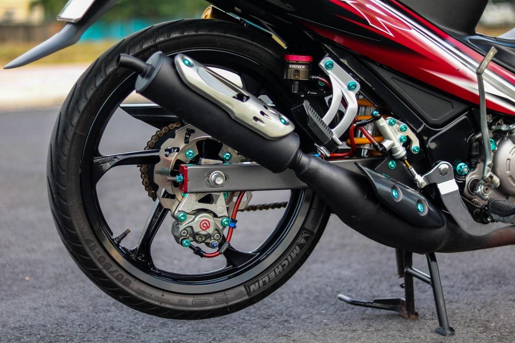 Yamaha Z125 do do choi hang hieu cua biker Vinh Long hinh anh 7