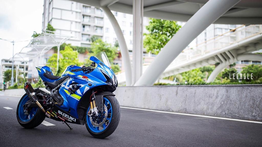 Suzuki GSX-R1000 cua biker Sai Gon voi goi do xe dua hon 500 trieu hinh anh 12