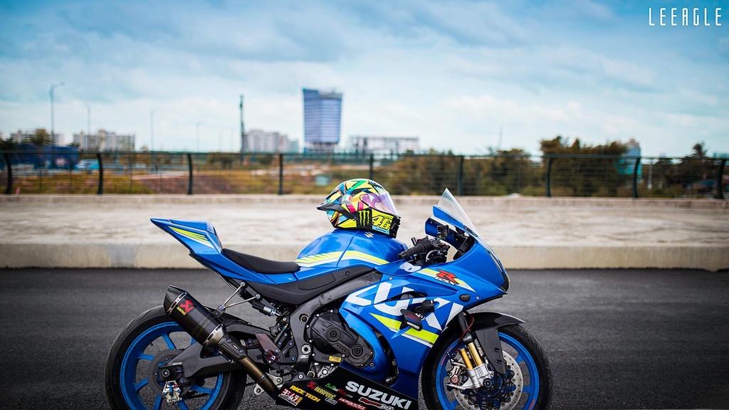 Suzuki GSX-R1000 cua biker Sai Gon voi goi do xe dua hon 500 trieu hinh anh 2
