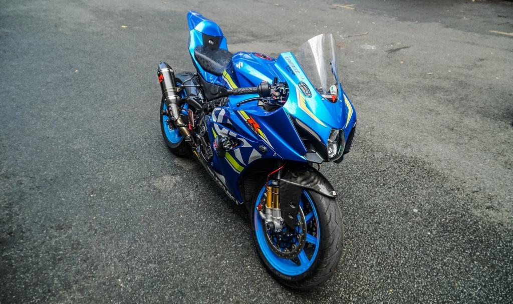 Suzuki GSX-R1000 cua biker Sai Gon voi goi do xe dua hon 500 trieu hinh anh 1