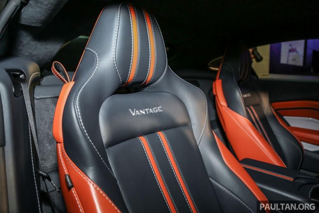 Aston Martin V8 Vantage 2018 gia tu 390.000 USD tai Malaysia hinh anh 8