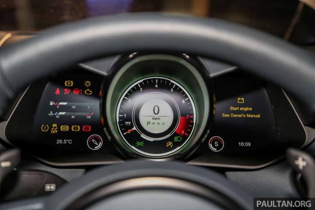 Aston Martin V8 Vantage 2018 gia tu 390.000 USD tai Malaysia hinh anh 6