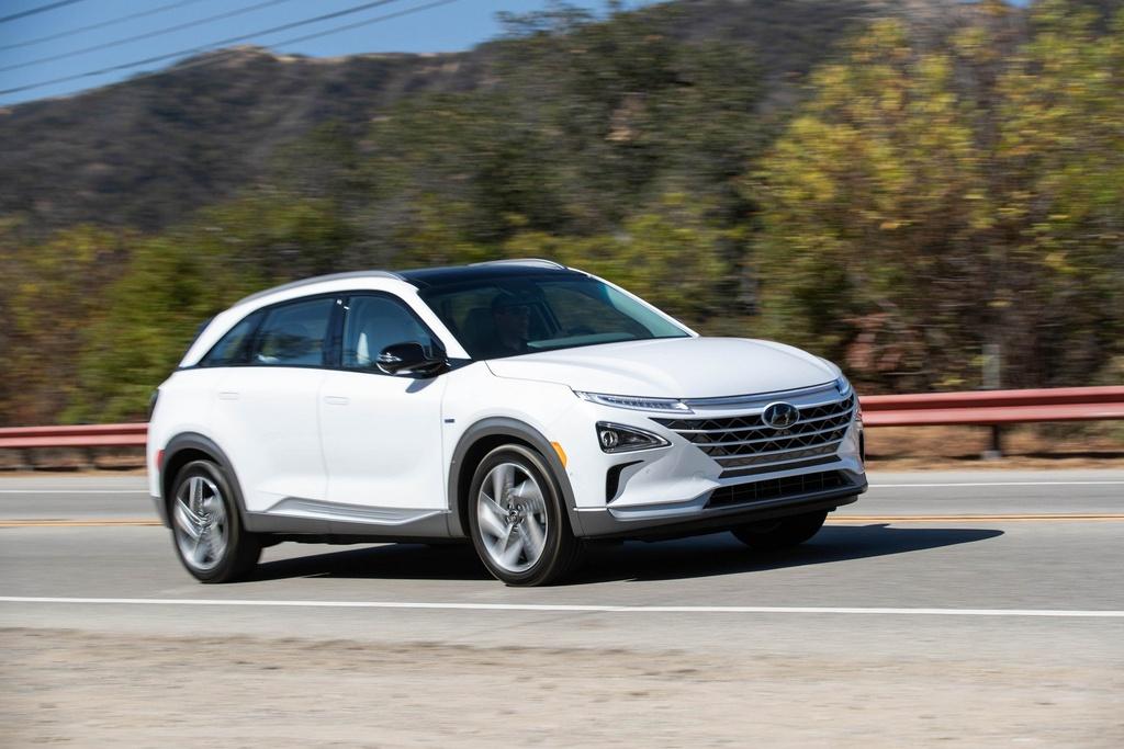 Crossover chay dien Hyundai Nexo 2019 ra mat anh 7