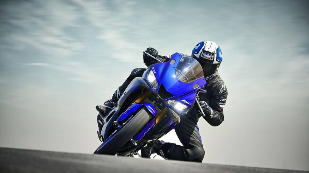 Yamaha YZF-R3 2019 so huu kieu dang moi, cai tien dong co hinh anh 3
