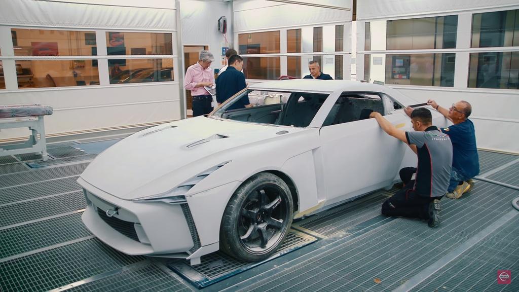 Nissan GT-R lot xac duoi ban tay hang thiet ke Italy hinh anh 3