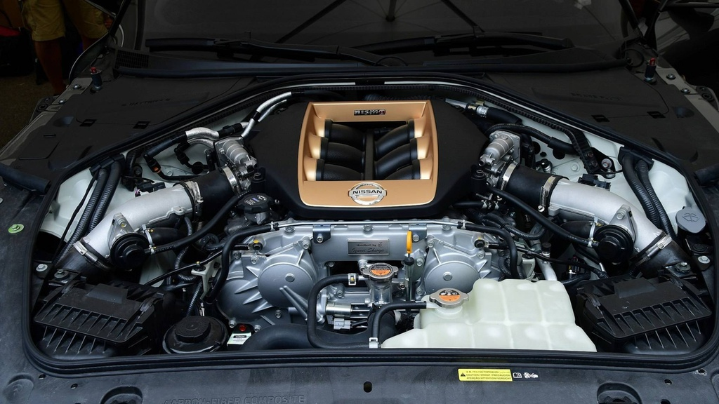 Nissan GT-R lot xac duoi ban tay hang thiet ke Italy hinh anh 10