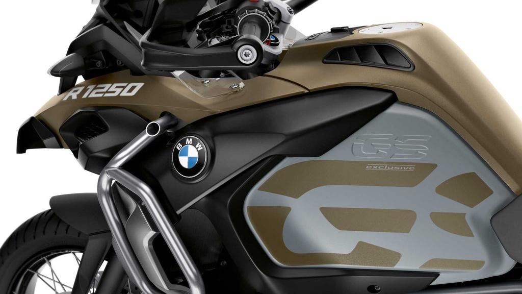 BMW R 1250 GS Adventure ra mat - binh xang 30 lit, giau cong nghe hinh anh 12