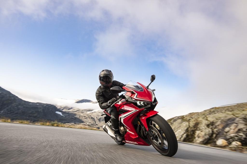 Honda CBR500R 2019 ra mat - thuan chat sportbike hon hinh anh 4