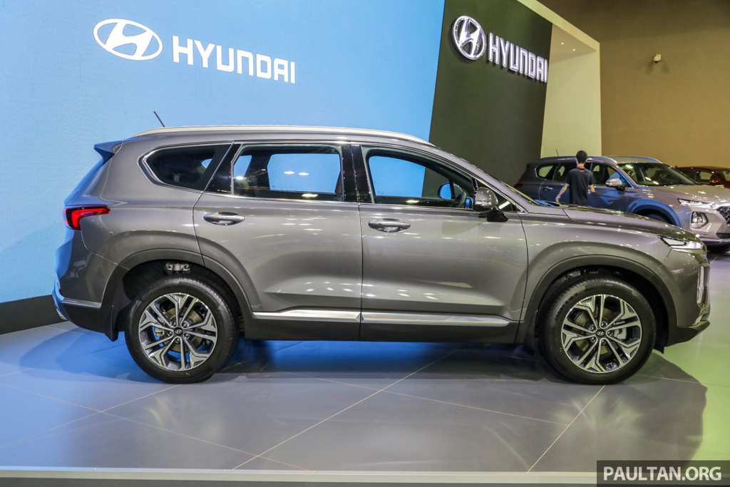 Hyundai Santa Fe 2019 ve Malaysia truoc VN, gia gan 45.000 USD hinh anh 3