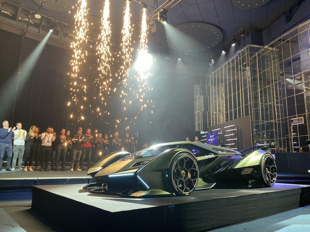 Concept xe dua Lamboghini V12 Vision GranTurismo dam chat vien tuong hinh anh 3