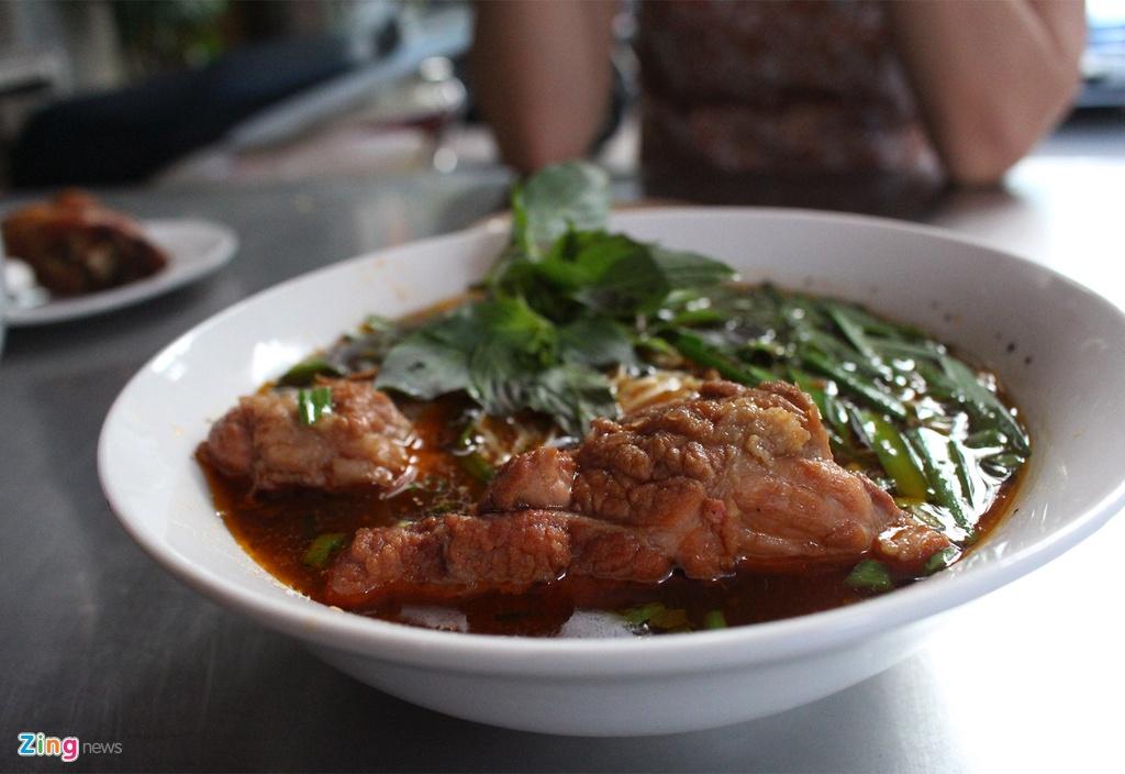 10 diem an vat hut khach quanh cho Vuon Chuoi anh 3