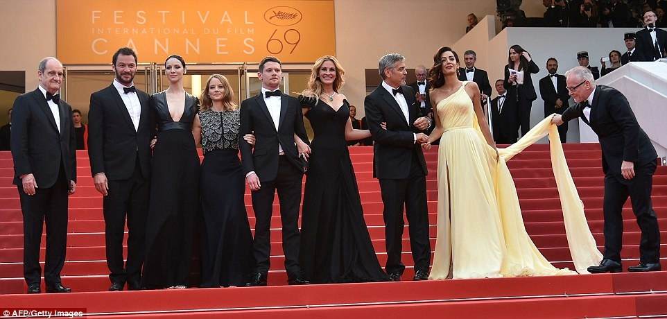 Julia Roberts di chan tran, pha luat tham do Cannes hinh anh 8