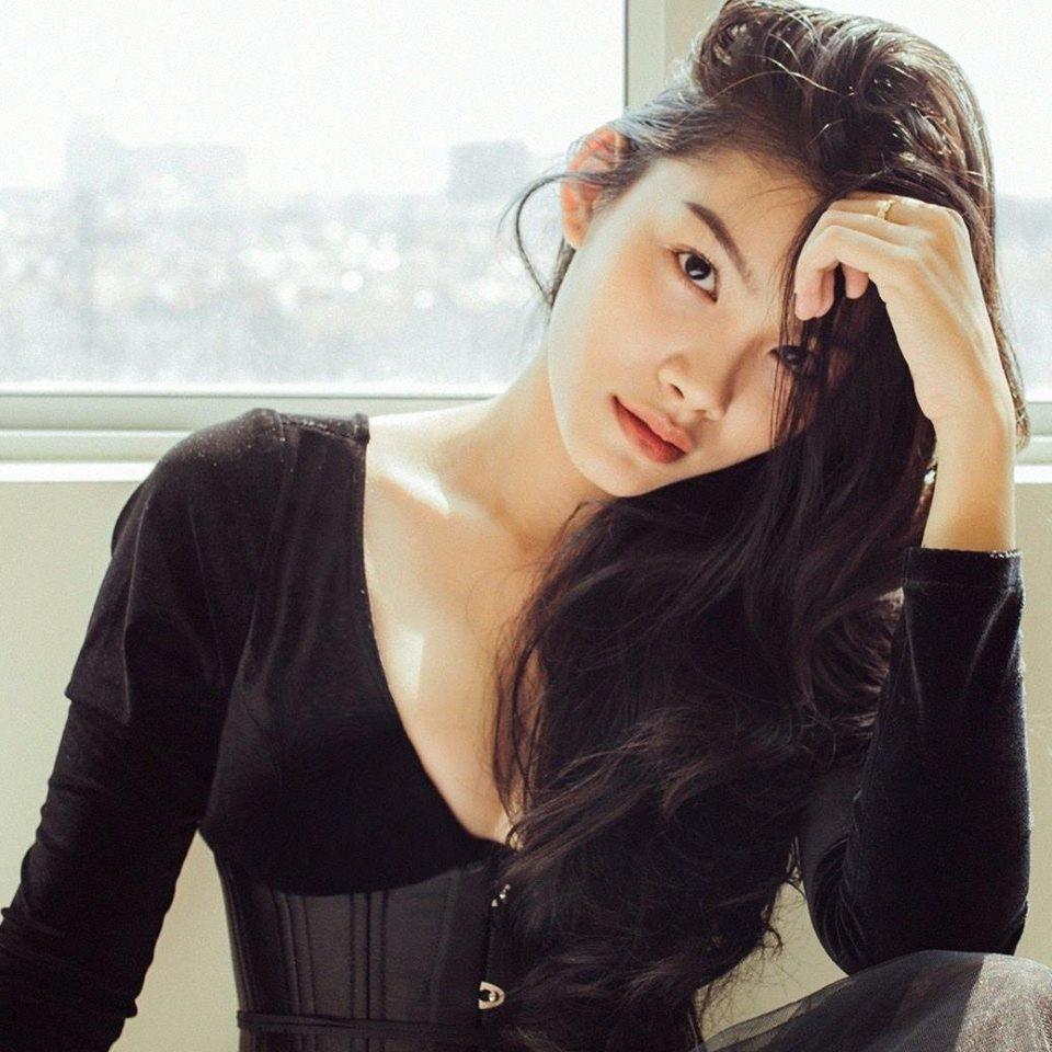 Dan hot girl thi phi bi loai khoi The Face Online hinh anh 8