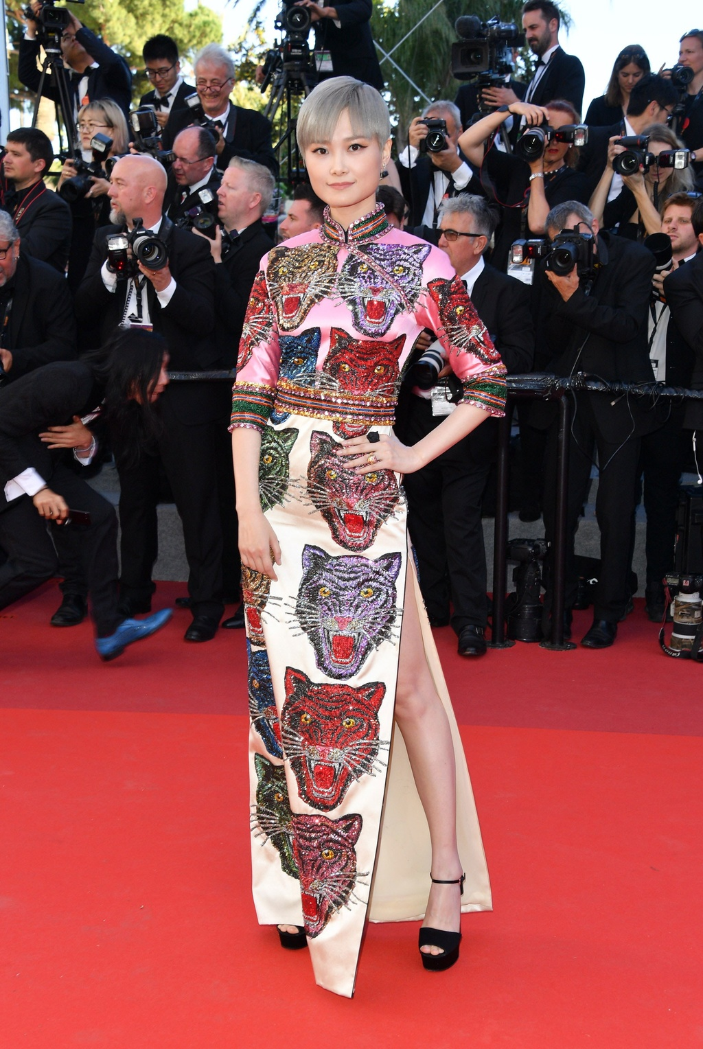 Ly Vu Xuan bat ngo tro thanh hien tuong tham do Cannes hinh anh 2