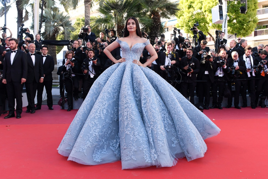 Ly Vu Xuan bat ngo tro thanh hien tuong tham do Cannes hinh anh 7