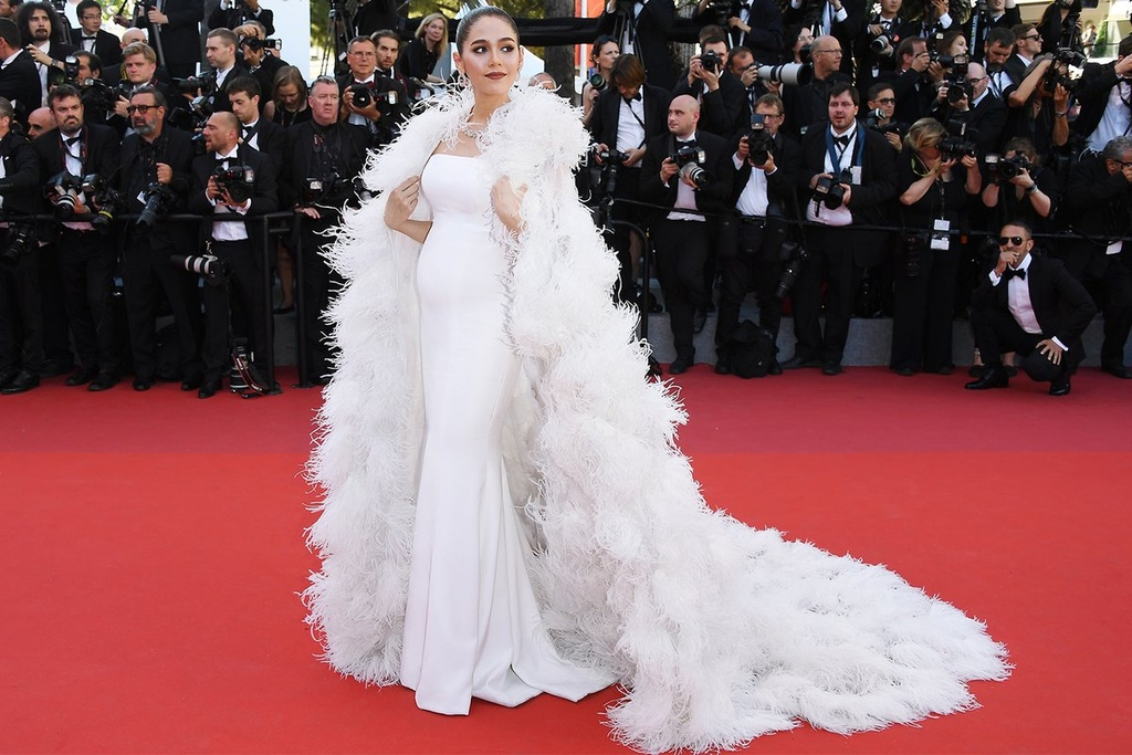 Ly Vu Xuan bat ngo tro thanh hien tuong tham do Cannes hinh anh 3