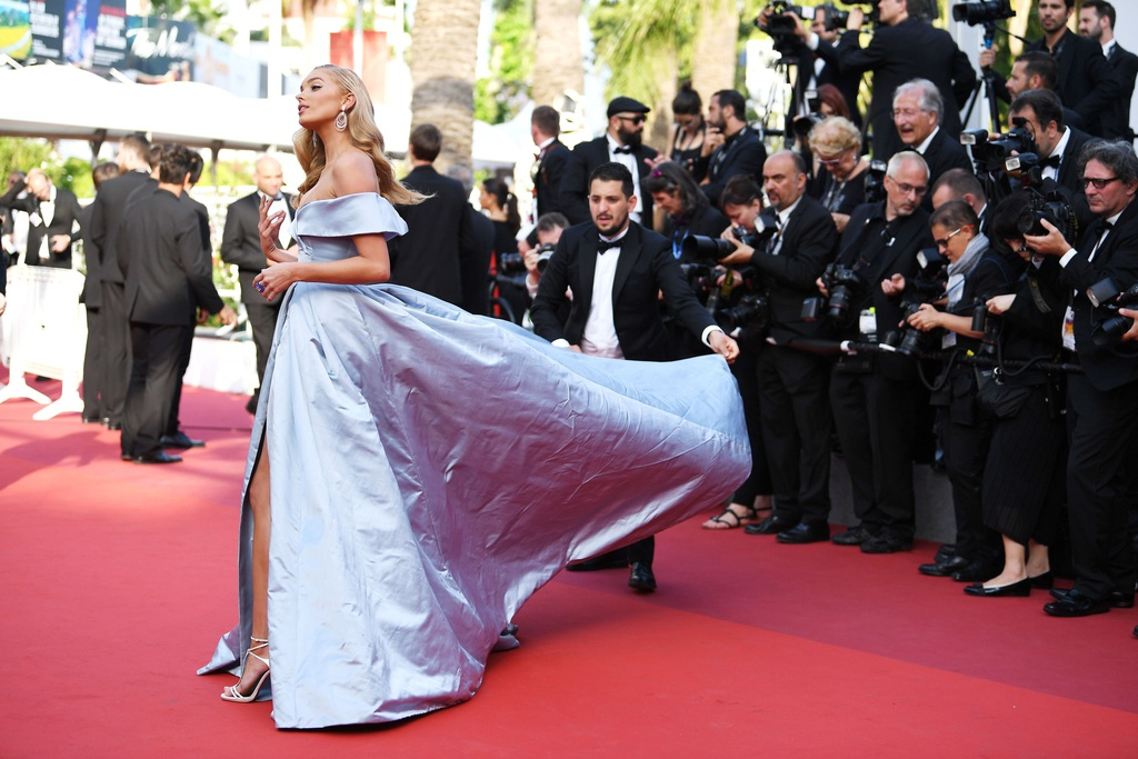 Thien than noi y duoc vi nhu cong chua tren tham do Cannes hinh anh 2