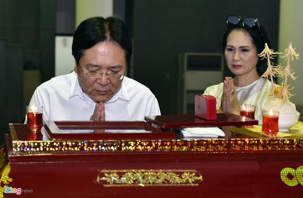 Vo 'Chi Pheo' Bui Cuong nam vien khi tang le cua chong dien ra hinh anh 5