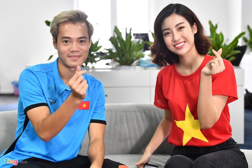 Hoa hau Do My Linh rang ro ben Quang Hai, Van Toan hinh anh 3