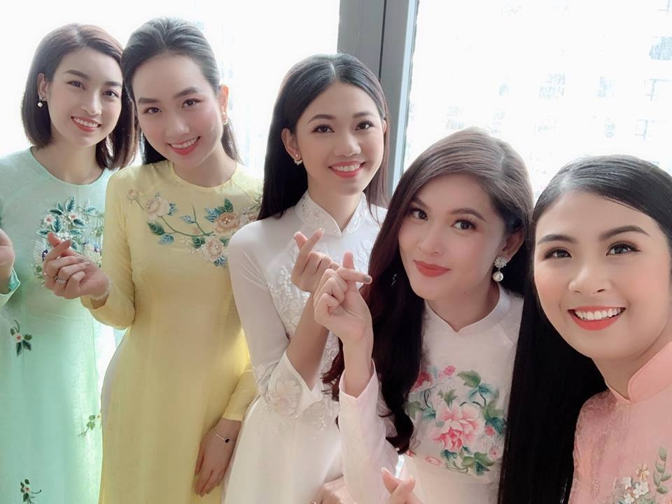 A hau Thanh Tu nam chat tay chong CEO trong le don dau hinh anh 7