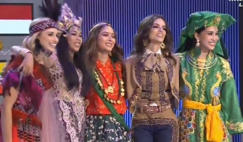 Nguoi dep Mexico dang quang Hoa hau The gioi, Tieu Vy dung o Top 30 hinh anh 3