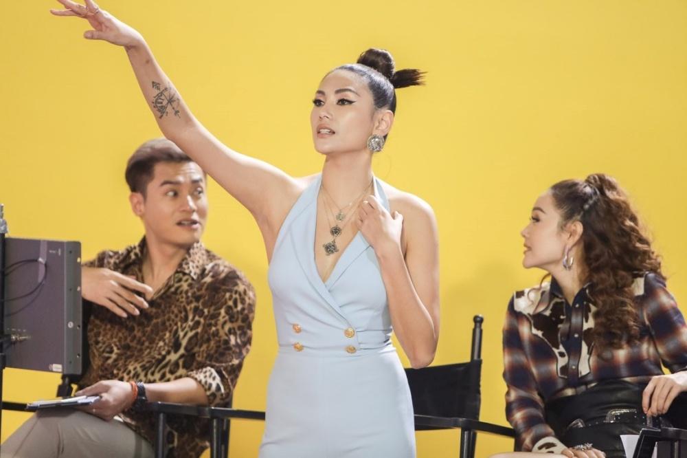Vo Hoang Yen: 'Toi va Minh Hang co phai tre con dau ma gian doi' hinh anh 1