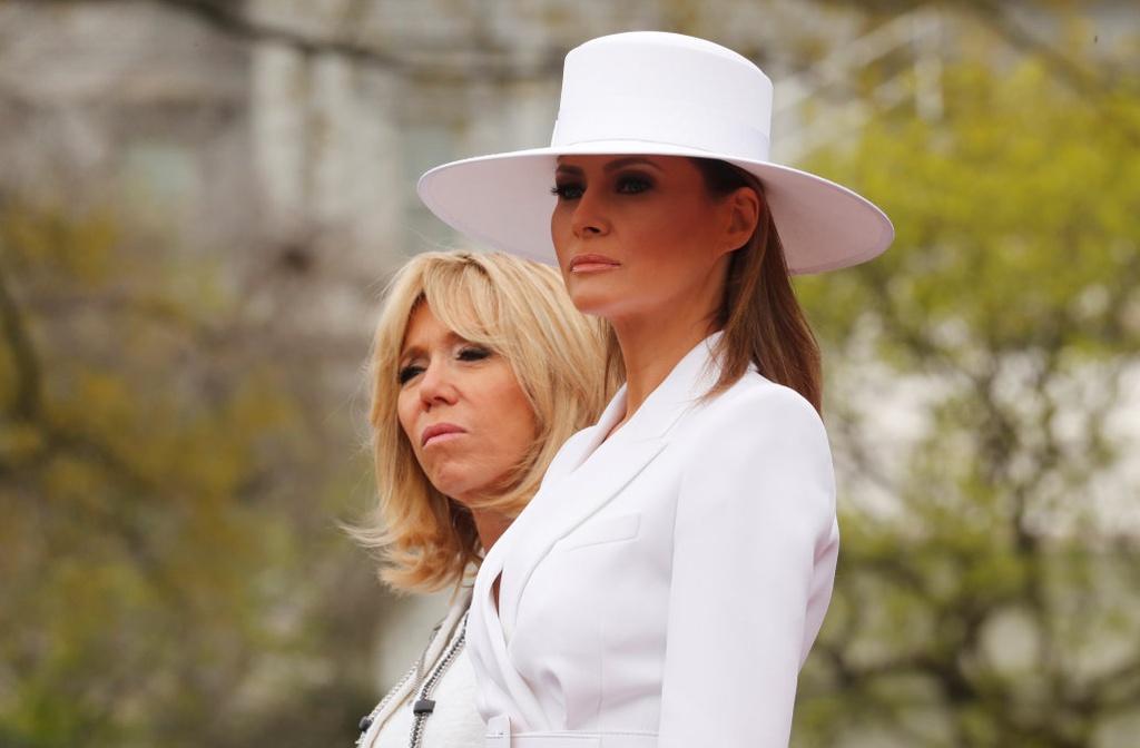 Tranh cai ve thoi trang bua vay De nhat phu nhan My Melania Trump hinh anh 10