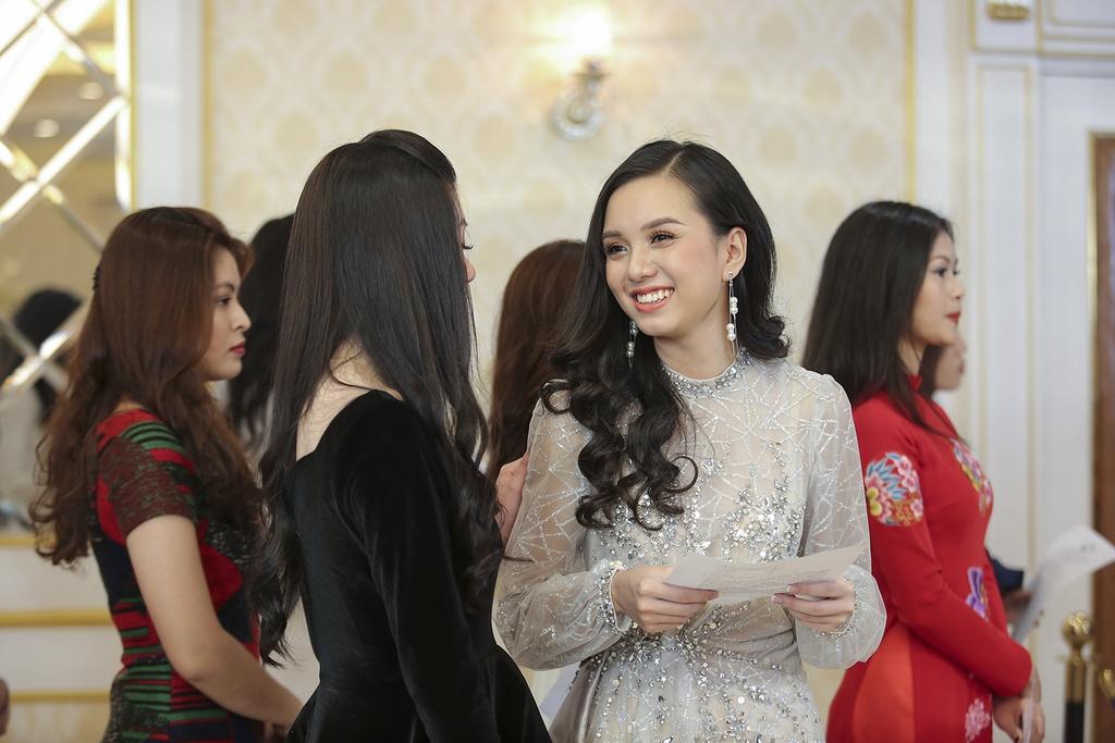 Hoa hau Ban sac Viet toan cau 2019 anh 7
