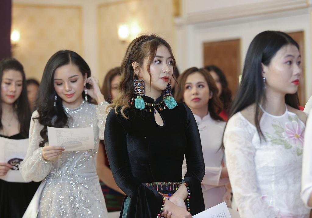 Hoa hau Ban sac Viet toan cau 2019 anh 6