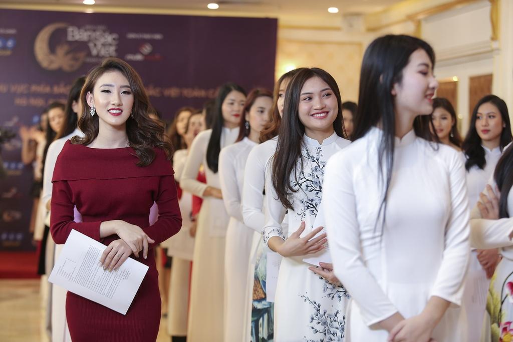 Hoa hau Ban sac Viet toan cau 2019 anh 5