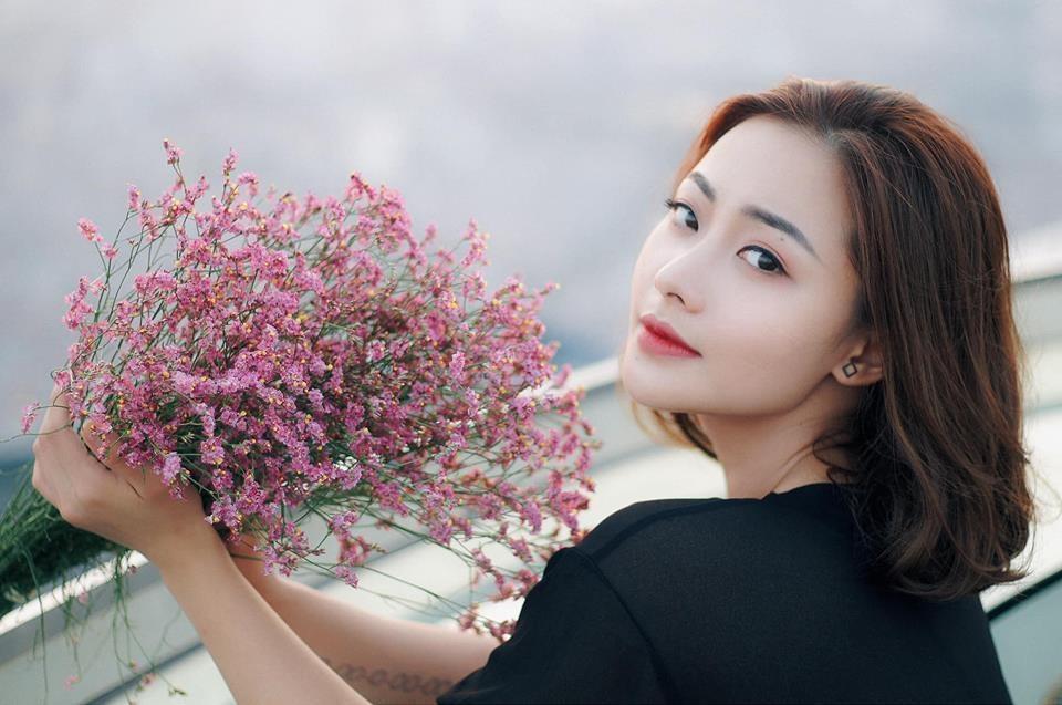 Huyen Thach: 'Giang ho ngoai doi hung ho hon toi nhieu' hinh anh 2