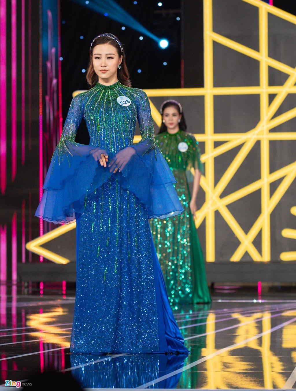 Nguoi dep Hoa hau The gioi Viet Nam 2019 khoe hinh the voi bikini hinh anh 8