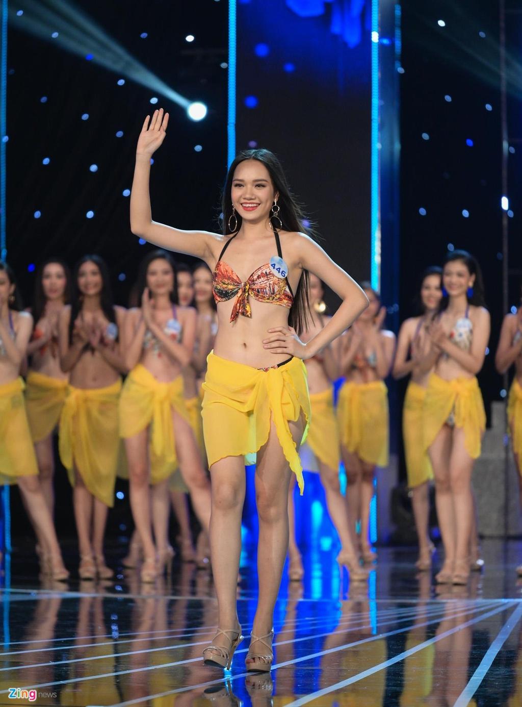 Nguoi dep Hoa hau The gioi Viet Nam 2019 khoe hinh the voi bikini hinh anh 13